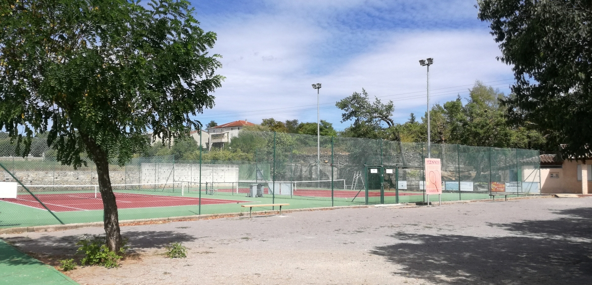 Courts de tennis de Laurac en 2017