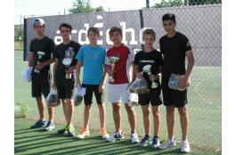 Vainqueurs et finalistes du tournoi jeunes 2017
